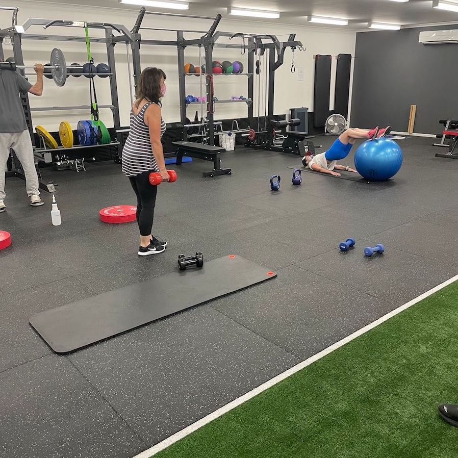 Phyiotherapy sessions group training in Seaford